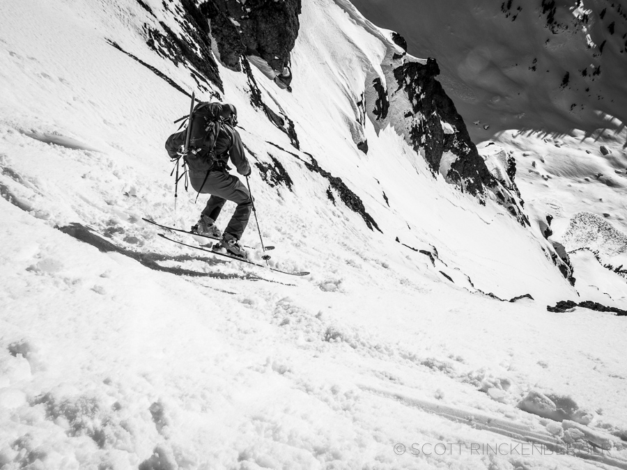 Skier-Approaching-the-Cliff-Bands